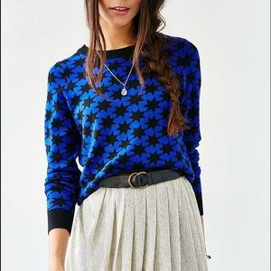 NWT URBAN OUTFITTERS / ALICE / STARS SWEATER